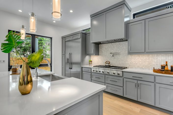 Kitchen Renovation Contractors Toronto